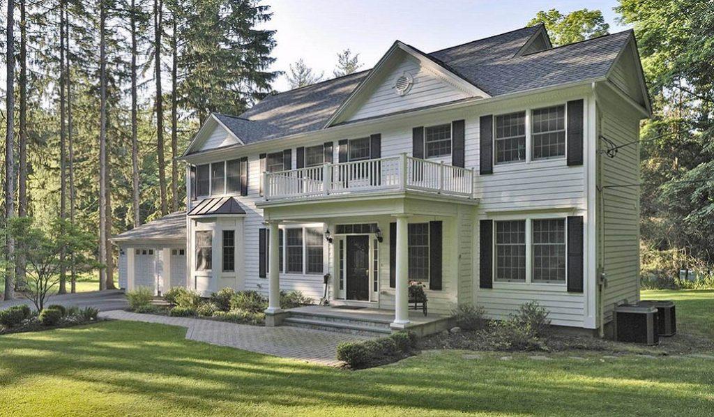 Custom Colonial Modular Home 10